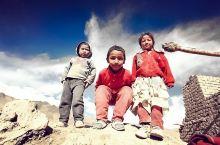 拉达克最为荒凉村庄里的动人景致