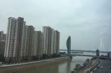 远眺临江桥