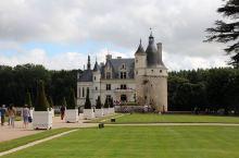 女人的城堡:舍农索