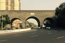 太平门,为南京明城墙十三座明代内城门之一,位于南京城东北垣,是明代京城的正北门,以南是朝阳门(今中山