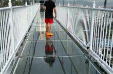 婚庆主题国家4A级旅游景区「龙凤山庄」,玻璃桥
