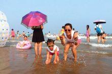 夏季带孩子来东戴河旅游,赶海抓螃蟹、拾贝壳、玩沙子~