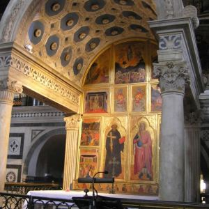 圣米尼亚托教堂旅游景点攻略图