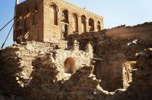 历史遗迹幽灵城         一一哈伊马角Jazirat Al Hamra村庄 我们从距哈伊角马角
