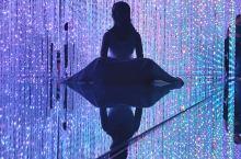 在东京不看会后悔的灯光艺术展览