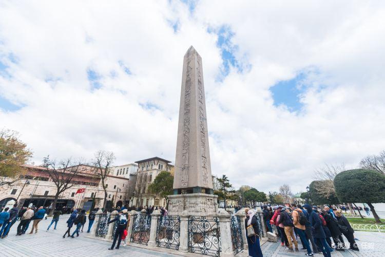 Egyptian Obelisk1