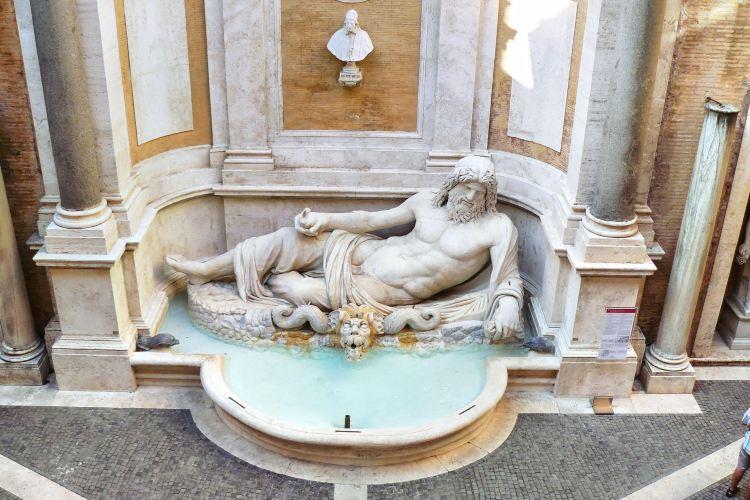卡皮托里尼綜合博物館