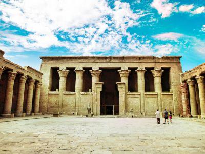 荷魯斯神廟