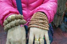 尼泊尔的小集市:淘宝金刚