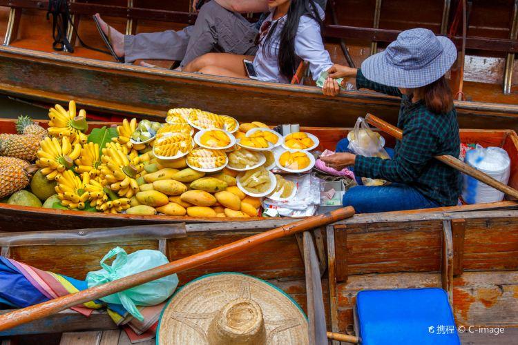 Damnoen Saduak Floating Market3