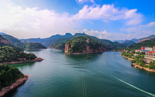 我在京娘湖远离凡尘,你又在哪里?