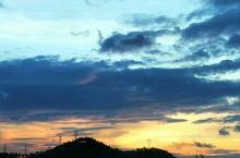 台风前晚霞
