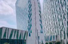 入住哥本哈根Bella Sky酒店,外形时尚简约。