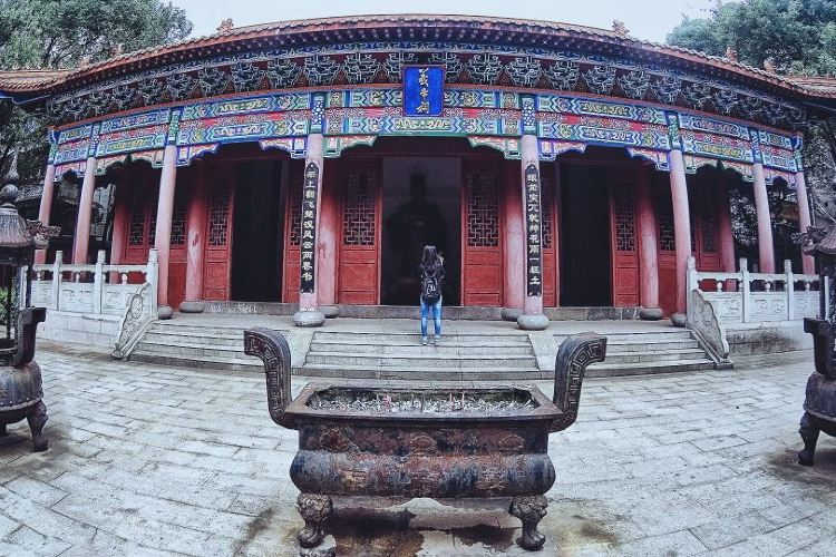 Yidi Mausoleum3
