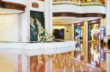 #神奇的酒店 可以360旋转观景的自助餐厅
