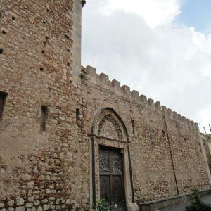 Duomo di Taormina旅游景点攻略图