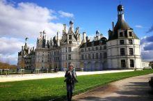 从河谷奥莱收拾好行李,我们要去下一个目的地:卢瓦尔河谷城堡群!收拾好行李,从Val d'europe
