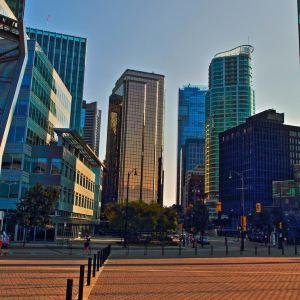 加拿大广场旅游景点攻略图