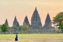 印尼 日惹 普兰巴南寺庙群在1991年列入世界文化遗产目录