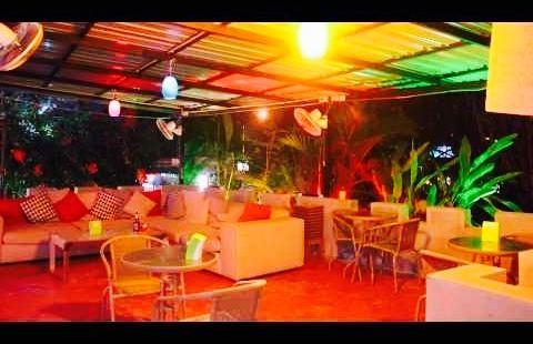 Malibu Corner Bar & Grill
