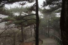 云雾中的天柱峰