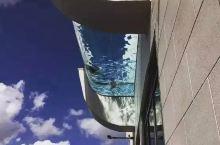 距离地面500英尺,美国惊现高空玻璃泳池!据说去过的人都吓尿了。。。