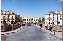 建在云端的城市、悬崖边的白色小镇:西班牙的龙达小镇