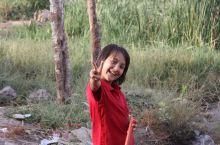 新疆的人们 因为工作原因,去了喀什和周围的泽普县,英吉沙县。真是一次酣畅的游历。遇到了好些友善的人们