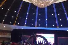 张北全世界最大的蒙古包。张北石家大院
