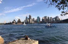 爬过Harbour Bridge,悉尼湾北部海岸线好多看风景