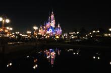 迪士尼的夜晚,点亮心中奇梦!