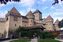 西庸城堡是世界十大城堡之一,位于日内瓦湖畔