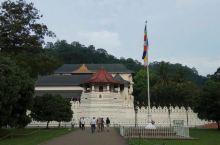 斯里兰卡·佛牙寺