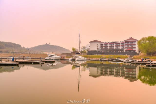 Beijing Pinghu District Jinhai Lake1