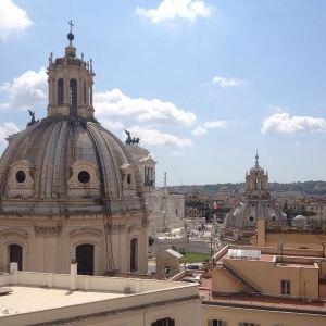 乐多莫斯罗曼瓦伦蒂尼宫旅游景点攻略图