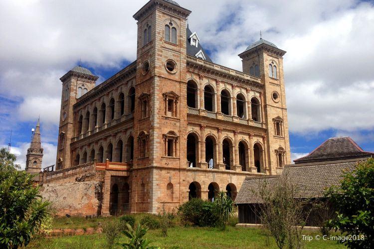 Royal Palace2