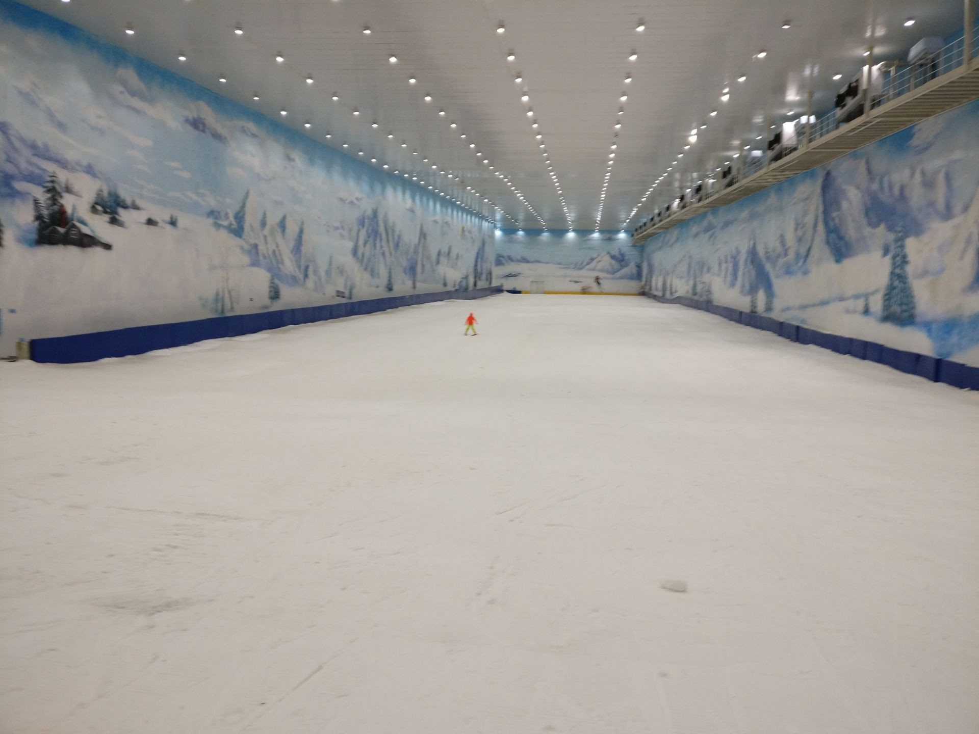 荔波冰雪水世界主题乐园