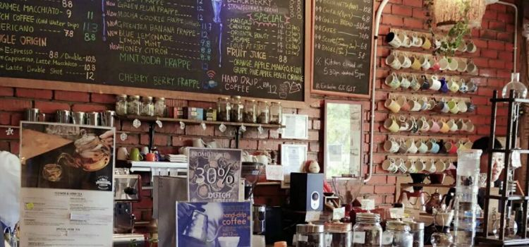 Cafe Bar 261