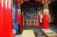 迷人的隆务寺 隆务寺  继续前行,穿过同仁县就到了位于青海省黄南藏族自治州府所在地隆务镇西山脚下的隆