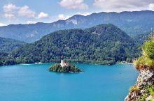致悬崖峭壁上古老的你  -------布莱德城堡  对于喜欢城堡的我来说,能亲自来一趟斯洛文尼亚的布