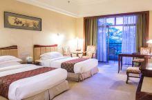 值得一去的酒店——马鞍山碧桂园如山湖凤凰酒店  环境不错,有山有水,酒店阳台对着湖和山,空气也不错