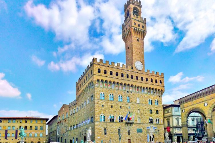 Palazzo Vecchio travel guidebook -must visit attractions ...