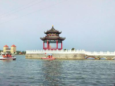 Tongzhouhu Scenic Area