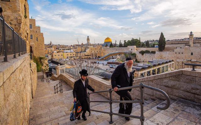 以色列黑白双城,守望天国神圣孤傲  尽享尘世活色生香
