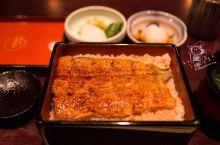 【日本摘星食记】东京铁塔下,传承了五代的味道  这家坐落在东京铁塔下面,拥有江户时代的外貌,看上去非