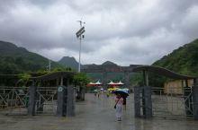 雨中黄花溪
