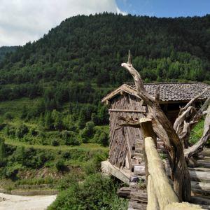 悬空村旅游景点攻略图
