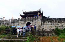 品味贵阳青岩古镇(二)          青岩古镇位于贵阳市南郊,为中国历史文化名镇,中国最具魅力小