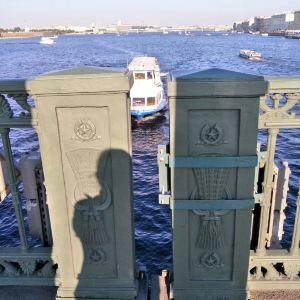 圣三一大桥旅游景点攻略图