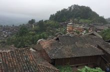 芭莎苗寨,中国唯一一个火枪部落 芭莎苗寨,村内西北旅游开发,未完全被商业化,进村后,很浓郁的民族文化
